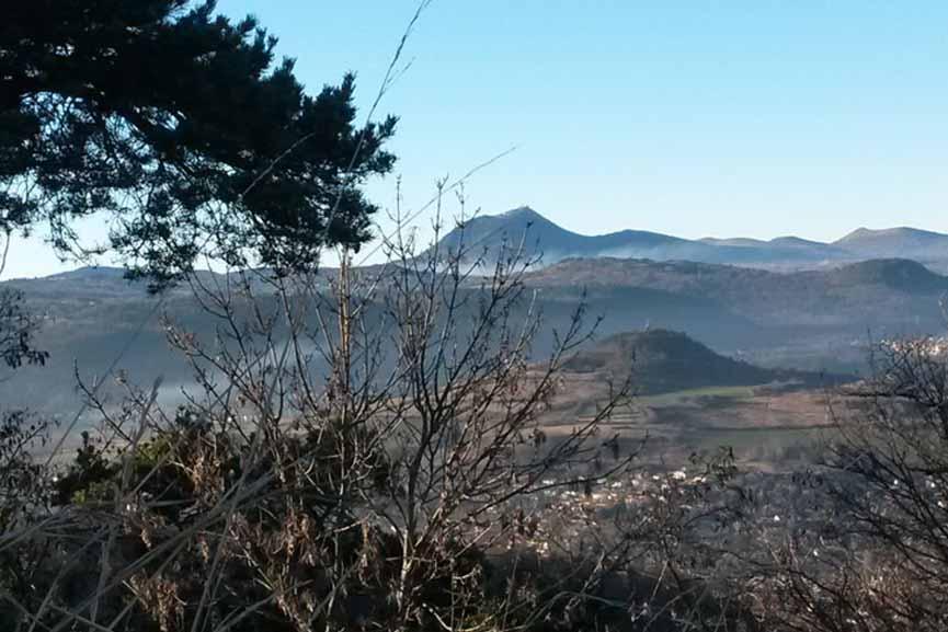 Panorama sur les Volcans Auvergne