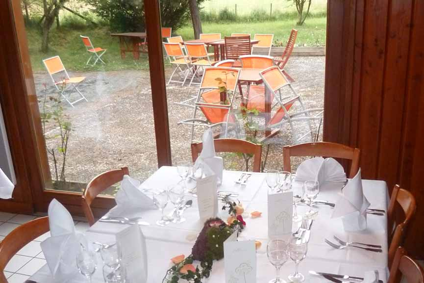 Restaurant ESPACE VOLCAN et sa terrasse